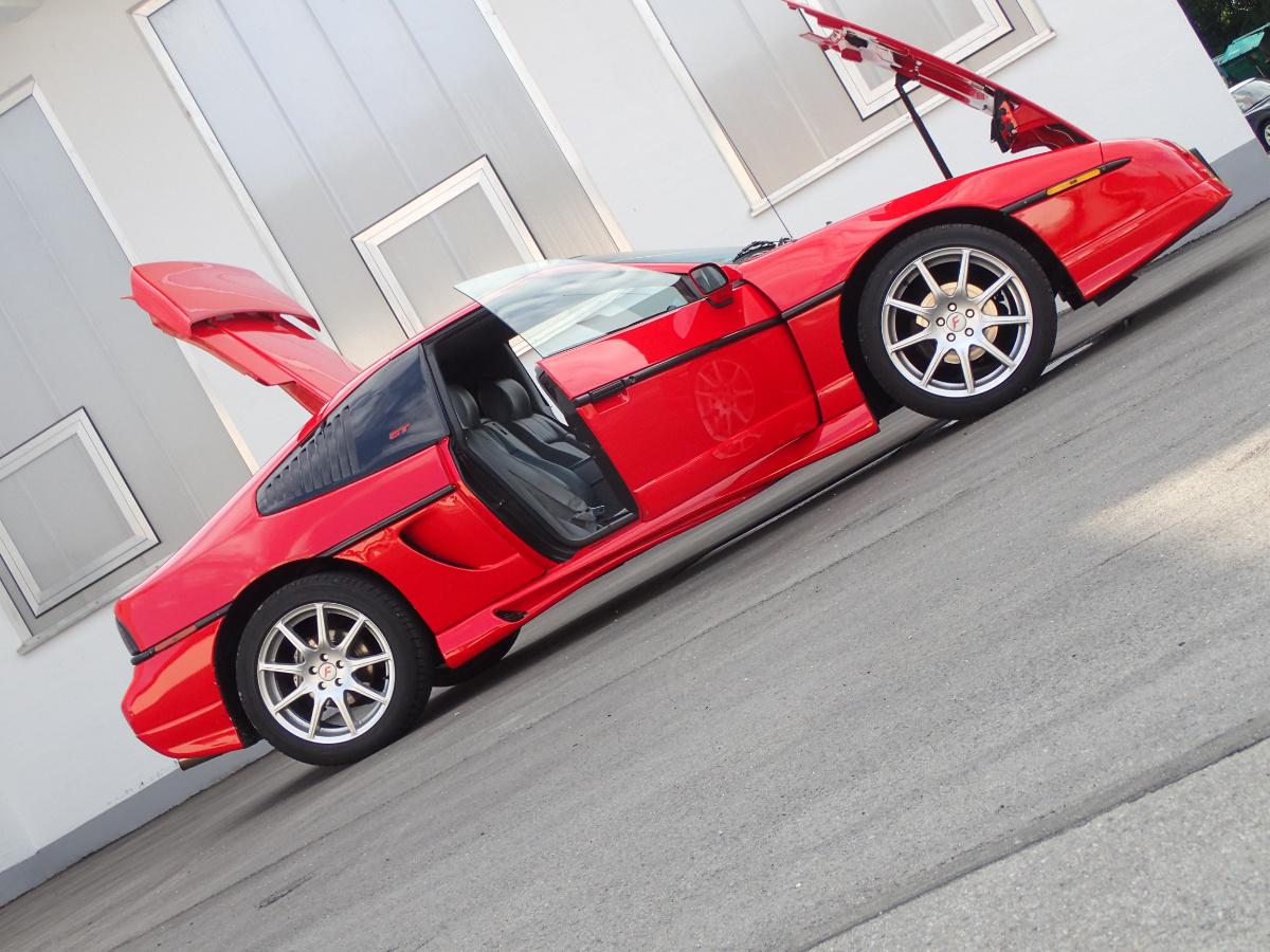 zu Gast: Pontiac Fiero GT